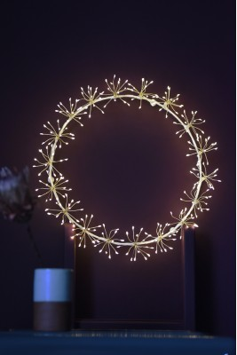 Starburst Wreath (White)