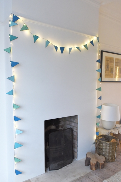 Bunting (Blue)
